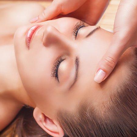 Tratamiento-facial-masaje-kobido